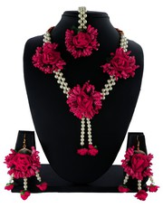 Check out Exclusive Flower Jewellery for Haldi Online.